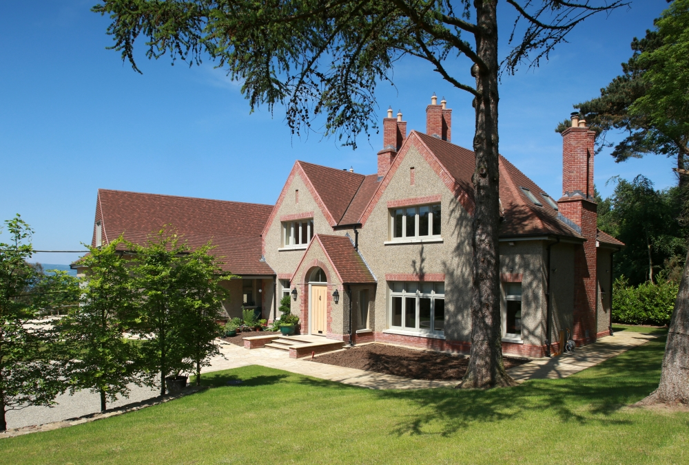 arts-crafts-style-home-for-a-surrey-client-14