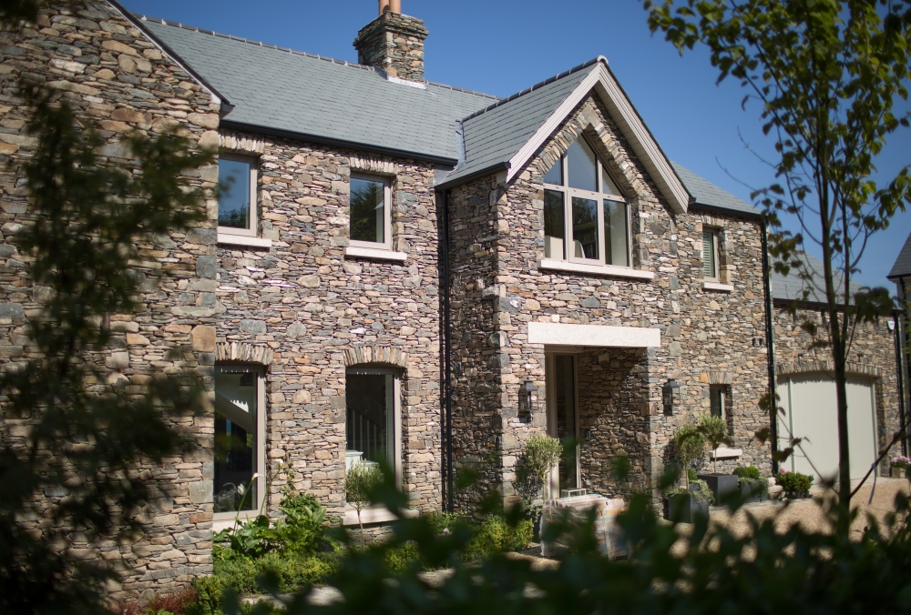 new-build-stone-clad-family-home-16