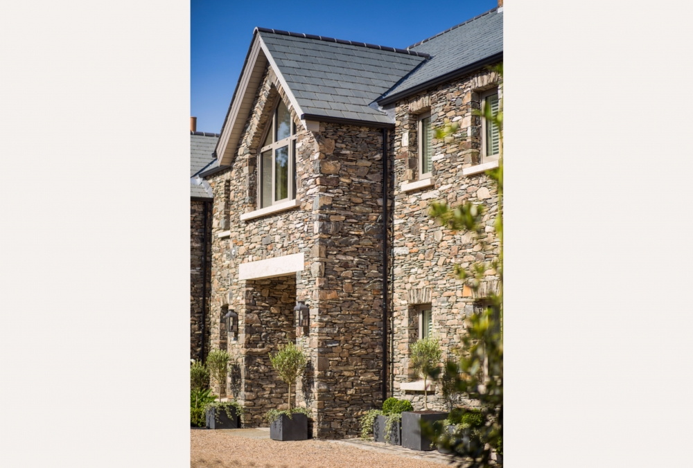 new-build-stone-clad-family-home-17