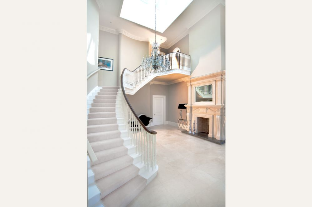 classically_styled_dwelling_with_a_modern_sentiment_2